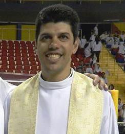 PE MARCELO AP DA CRUZ 2