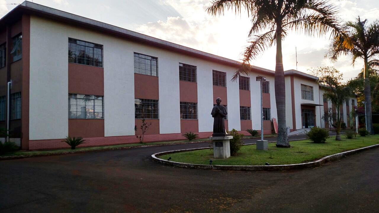 http://arquidioceselondrina.com.br/wp-content/uploads/2016/09/seminario-paulo-vi-4.jpg